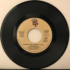 TOM BROWNE:FUNKIN' FOR JAMAICA(N.Y.)(RECORD SIDE-A)
