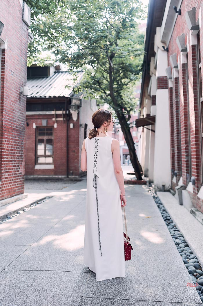 18chloechen-whitedress4