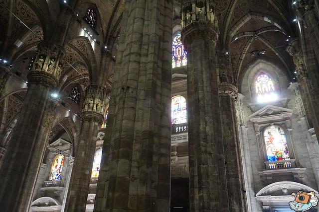 義法13日(Duomo di Milano)