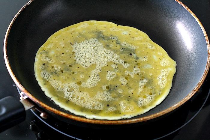 Veggie Basil Egg Scramble