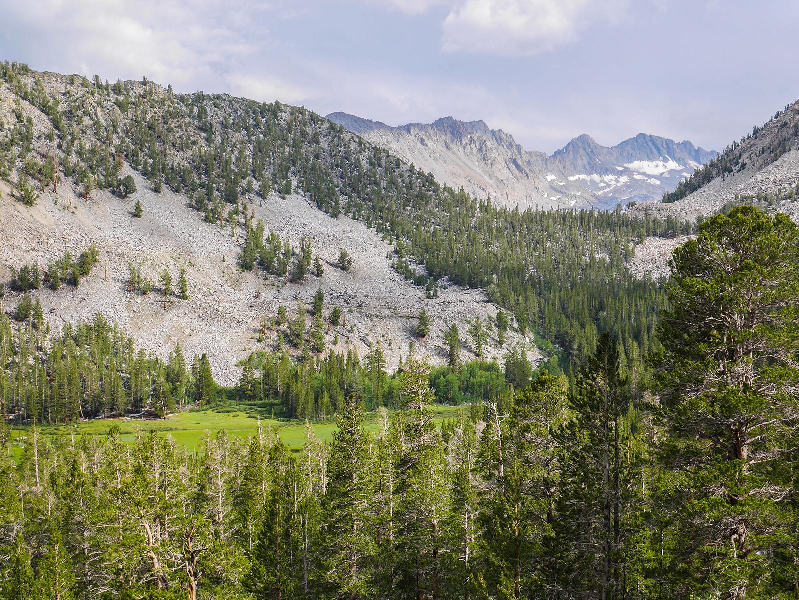 Lamarck Lakes trail