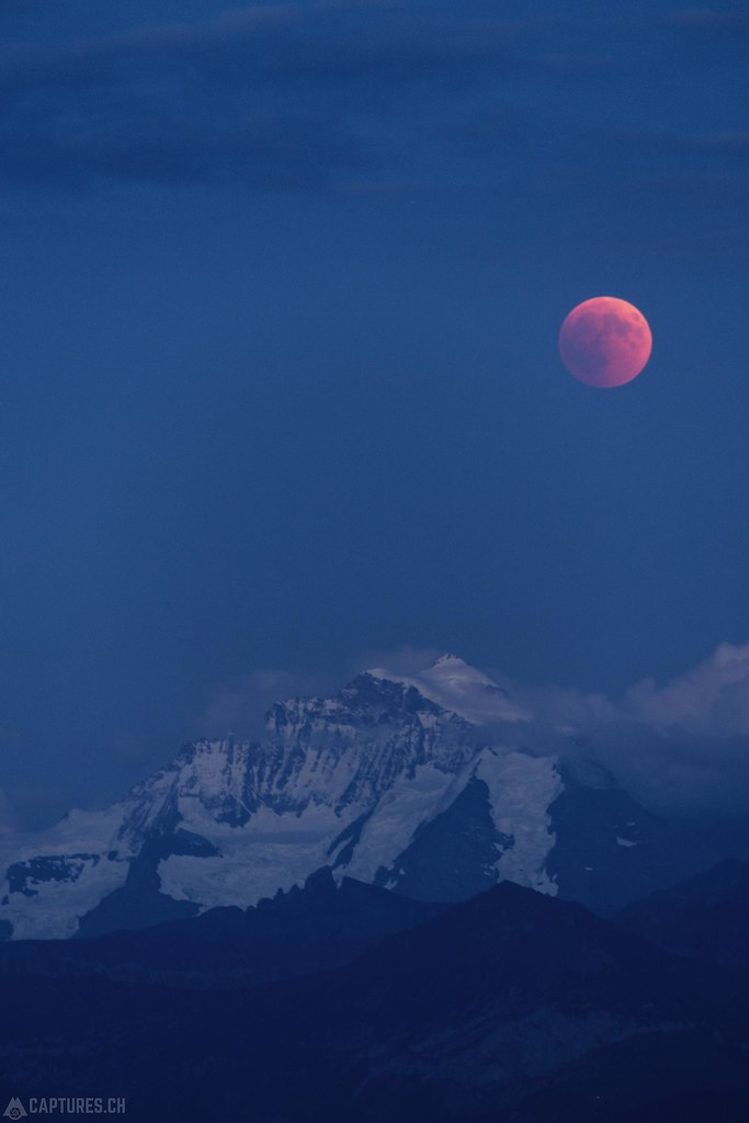 Jungfrau and the moon eclipse - Wattenwil