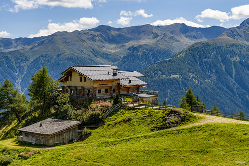 Nilljochhütte (1.990m) East Tyrol, Austria