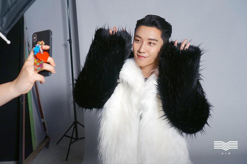 BIGBANG via YG_GlobalVIP - 2018-08-08  (details see below)