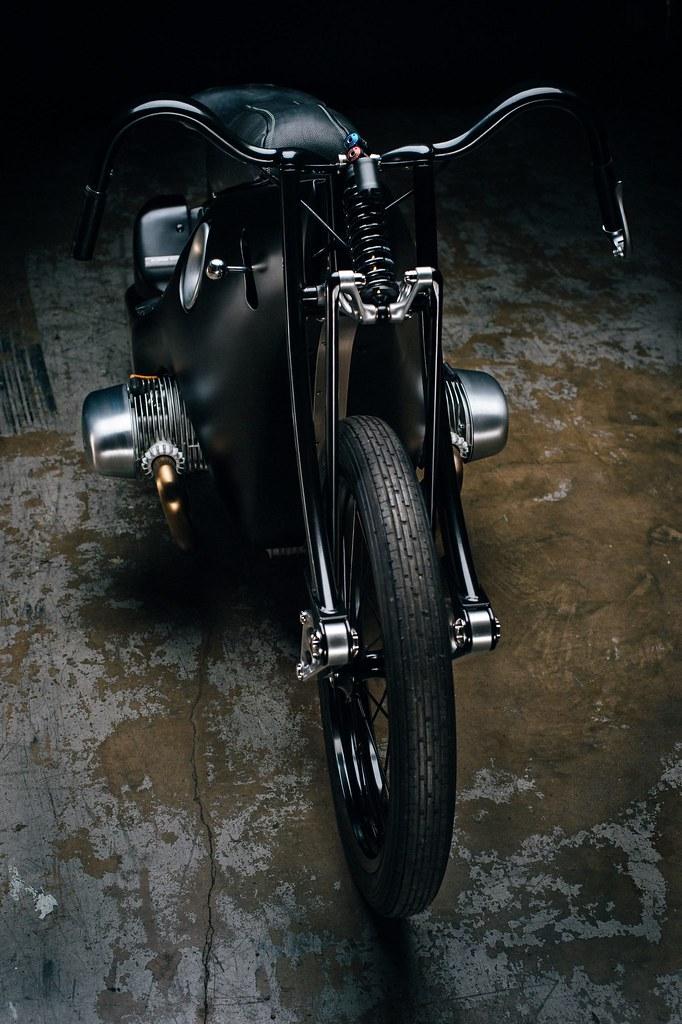 Custom-BMW-Motorcycle-13