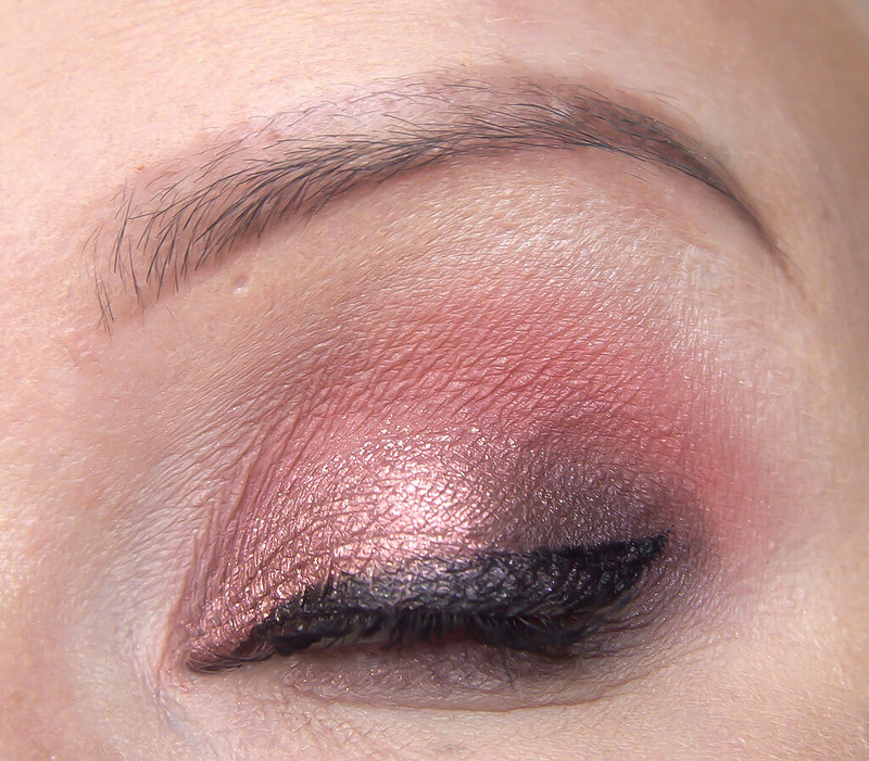 Anastasia Beverly Hills Norvina makeup