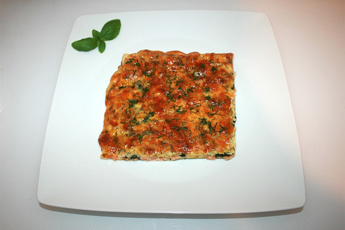 11 - Salmon spinach cake - Served / Lachs-Spinat-Kuchen - Serviert