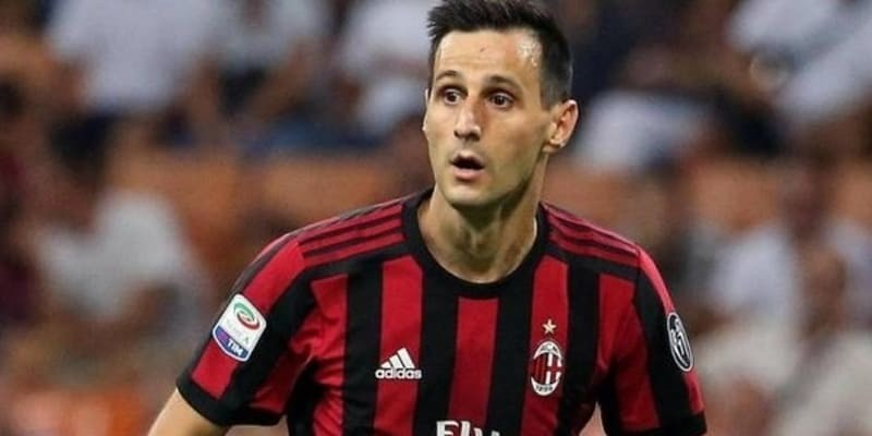 Atletico Datangkan Striker AC Milan Korban Higuain