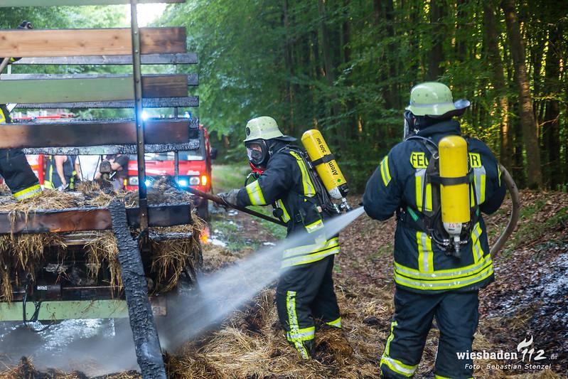 Heuwagenbrand L3023 Idstein-Heftrich 26.07.18