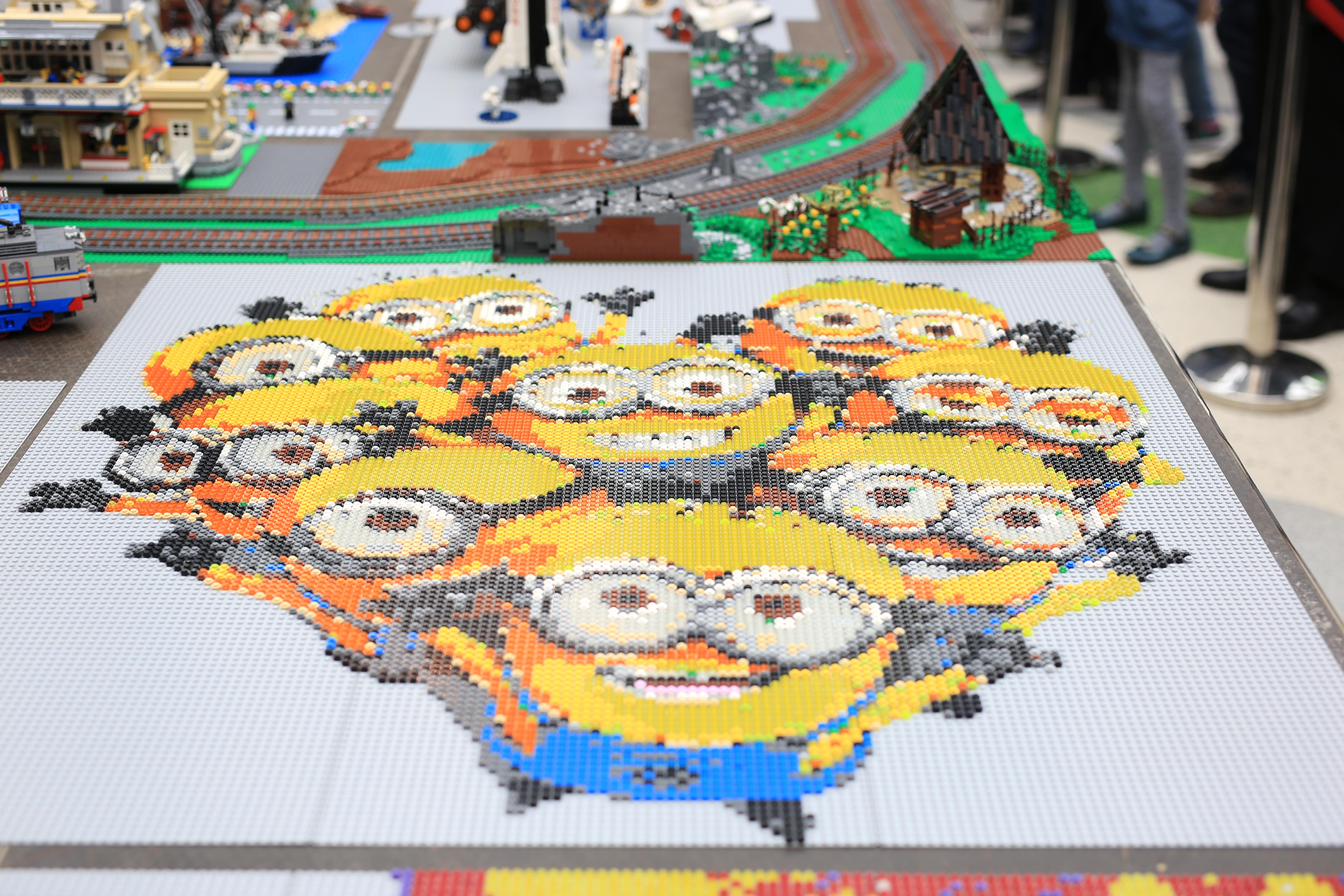 LEGO® MOC by Bricky: Minioni