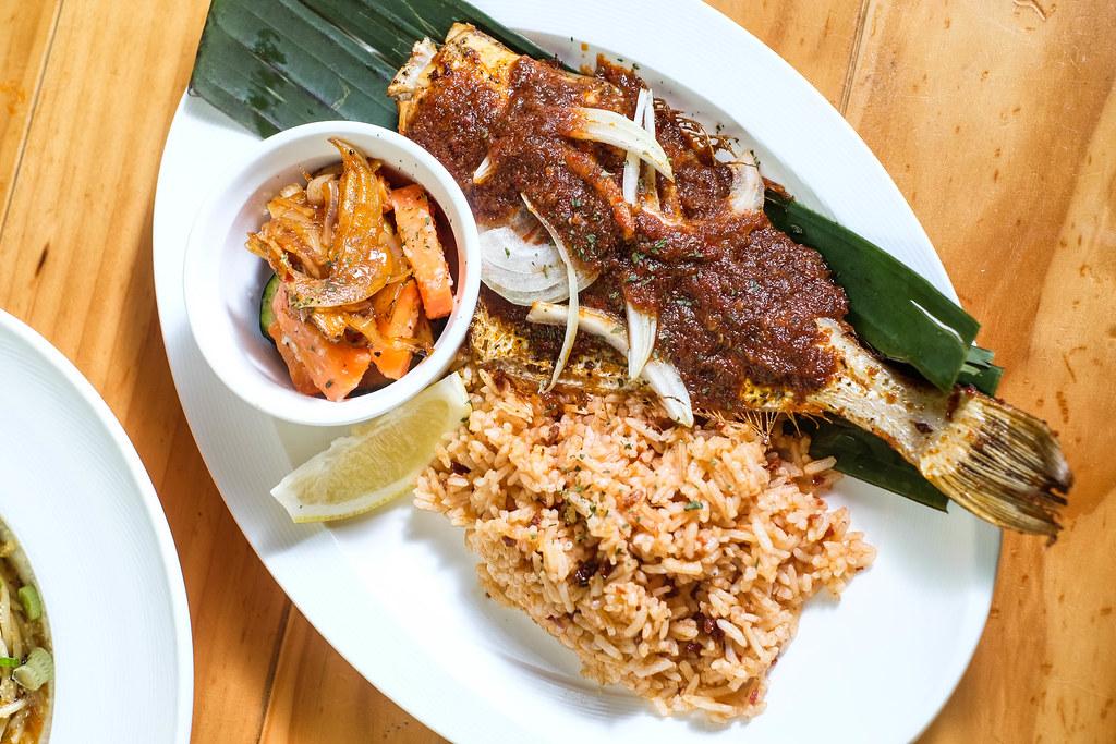 曼哈顿鱼市Hojiak Sambal Fish(自上而下)