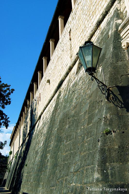 Стена с Морскими воротами