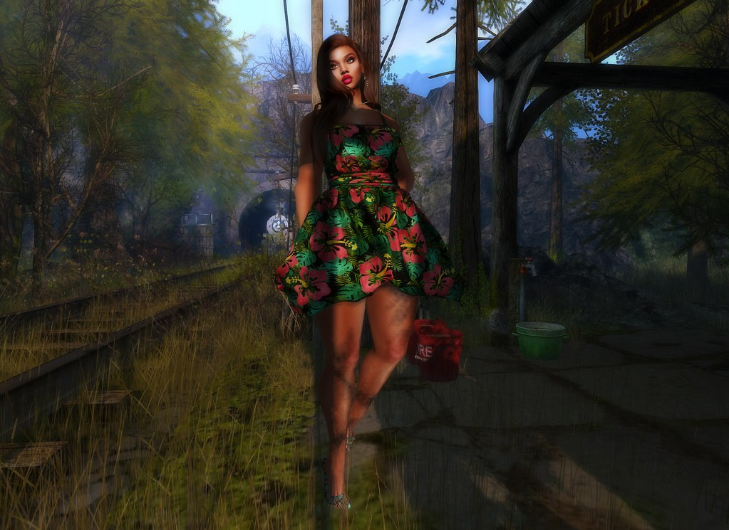 D.E. Boutique | Designer Showcase