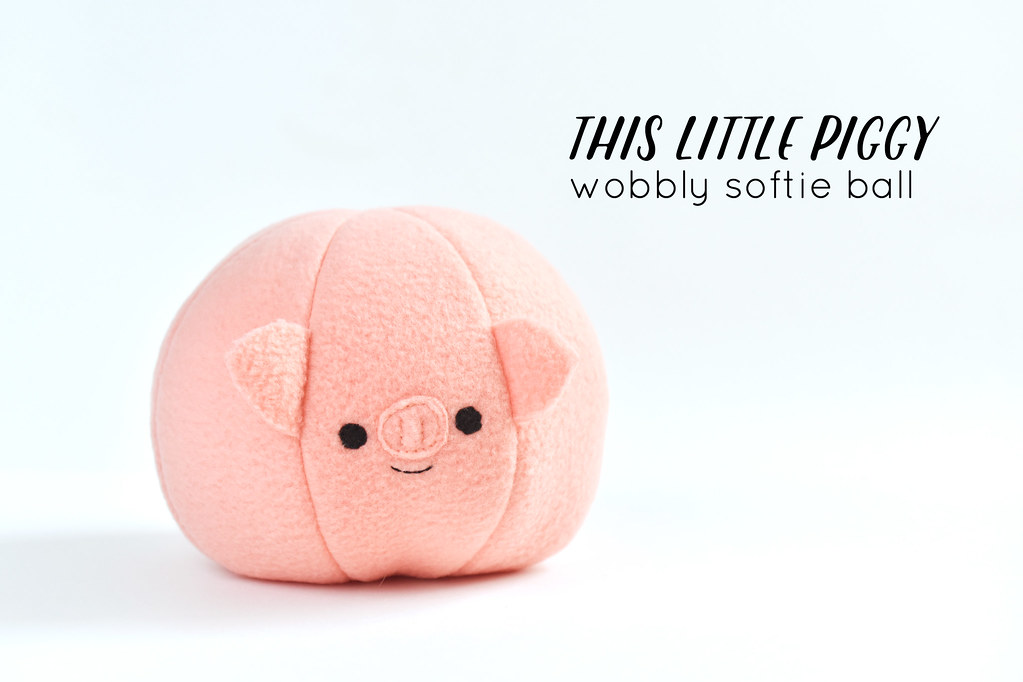 This Little Piggy Wobbly Softie Ball