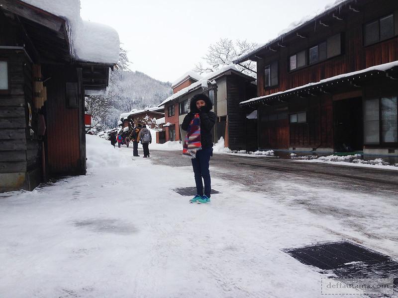 Babymoon ke Jepang - Shirakawa-go Town Street