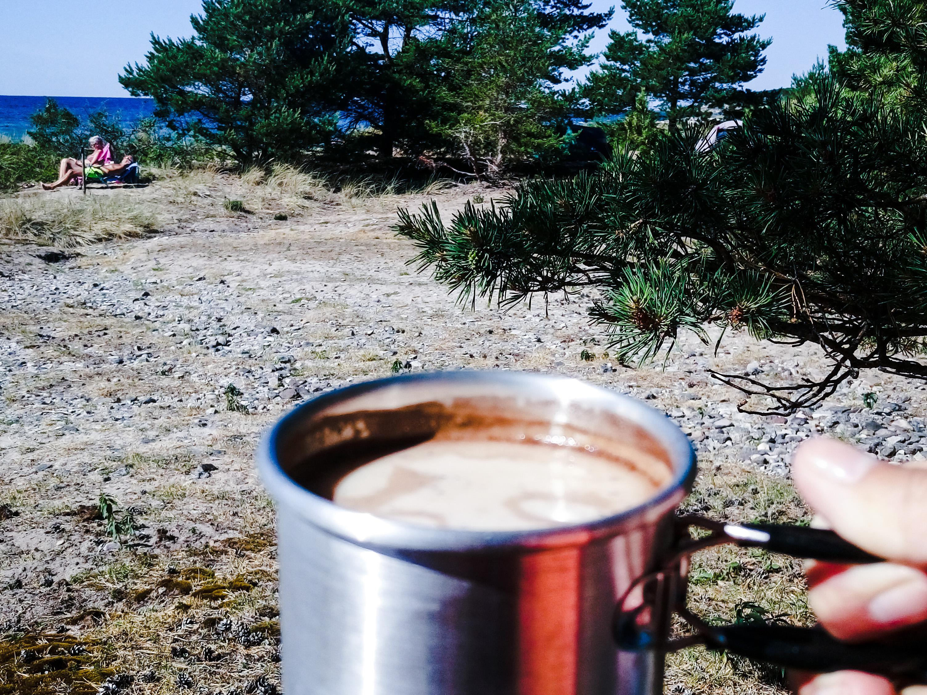 kaffe på sigsarve beach_edited