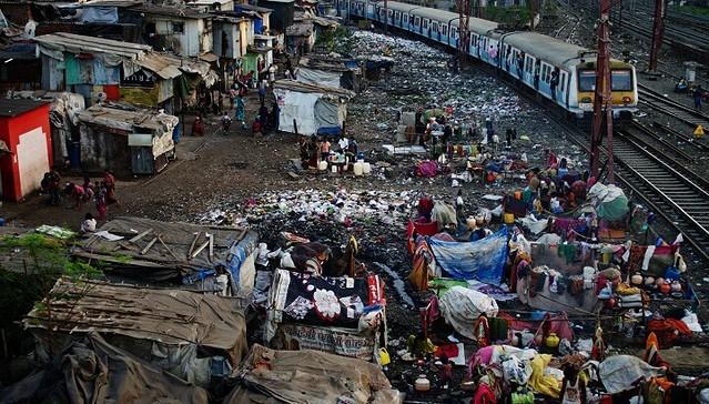 3225 Top 5 Worst and Largest Slums in the World – Karachi at no. 3