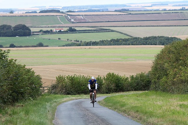 Kiplingcotes Lane on the Yorkshire Wolds Cycle Route