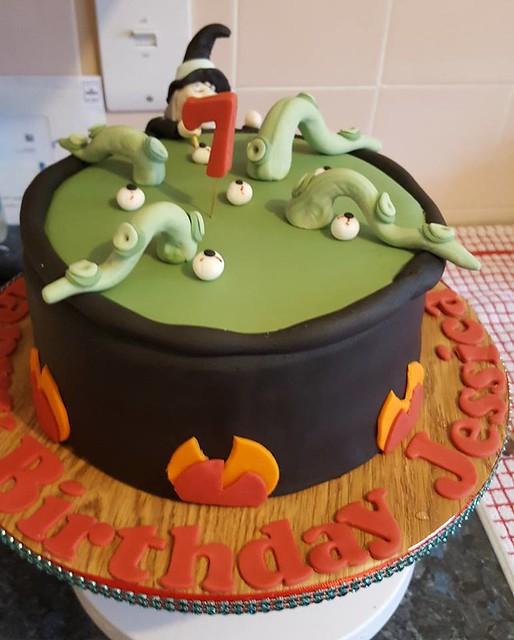 Cake by Krempa's Kupcakes