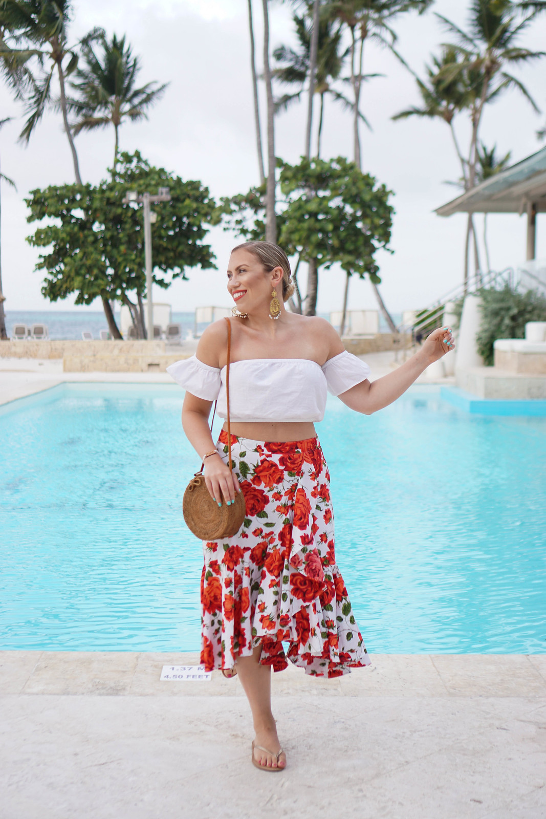 The Best Camera to Take on Vacation | Tropical Beach Summer Vacation Outfit Inspiration
