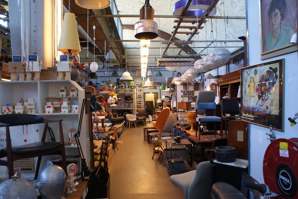 Van Dijk and Ko, mobiliers, lampes et objets déco dans le nord d'Amsterdam.
