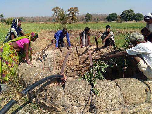 ग्रामीणों की मेहनत से पानीदार हुआ मामाडोह