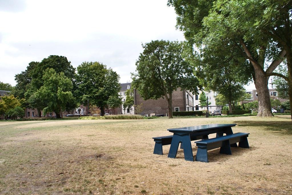 > Homeland à Amsterdam, microbrasserie des 60-ies.