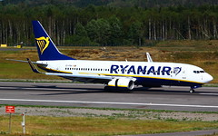 Ryanair B737-8AS (WL) EI-FRH