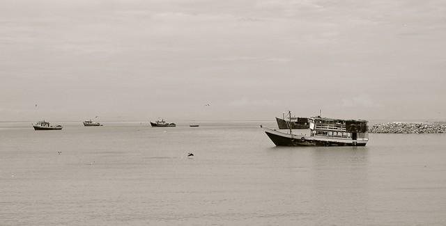 Moored fishing boats, Pentax K-7, smc PENTAX-DA 18-55mm F3.5-5.6 AL WR
