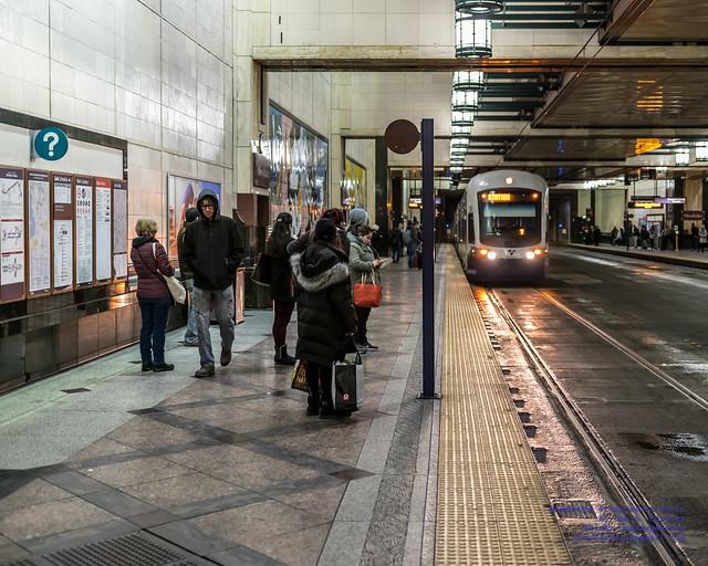 .@SoundTransit Light Rail Pulling Into Westlake Station