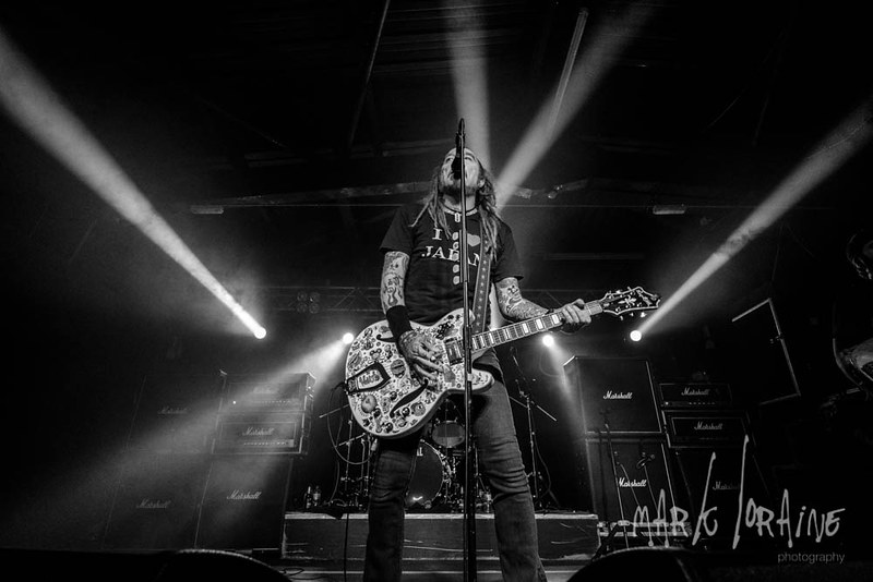 Mark_Loraine_The_Wildhearts_Plug-72