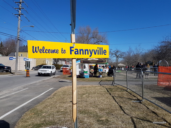 Fannyville sign