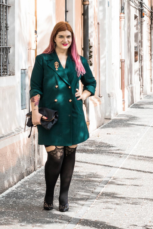 Outfit autoreggenti curvy plus size e abito-soprabito (11)