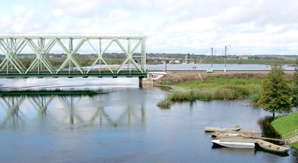 Железнодорожный мост на реке Вопь