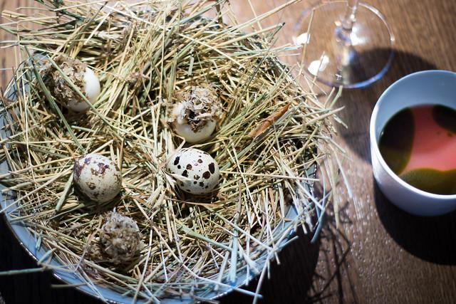 Ouă de prepeliță cu suc de agriș