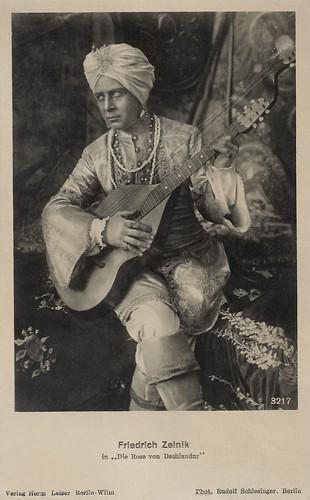 Friedrich Zelnik in Die Rose von Dschlandur (1918)