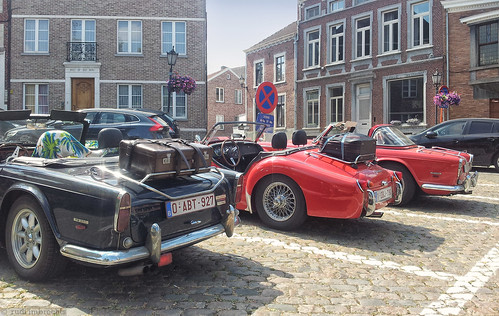 Triumph TR250 & TR3