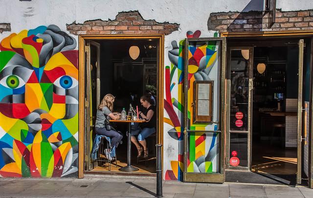 CAFÉ IN DUNBLIN, Nikon D7200, AF-S DX Nikkor 18-140mm f/3.5-5.6G ED VR