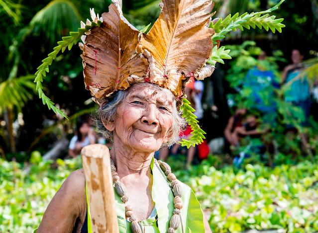 filipinos lady, Nikon D800, AF-S VR Zoom-Nikkor 24-85mm f/3.5-4.5G IF-ED