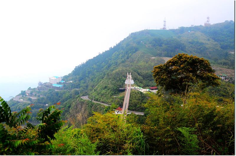 龜山觀景台俯瞰太平雲梯