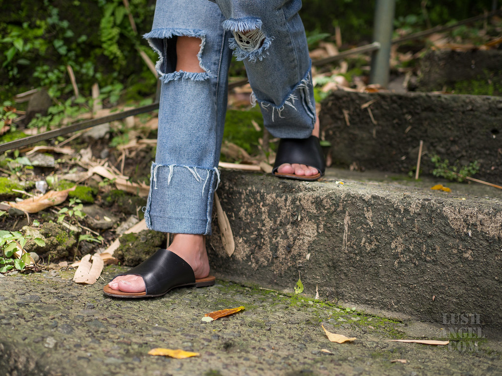 roam-leather-sandals