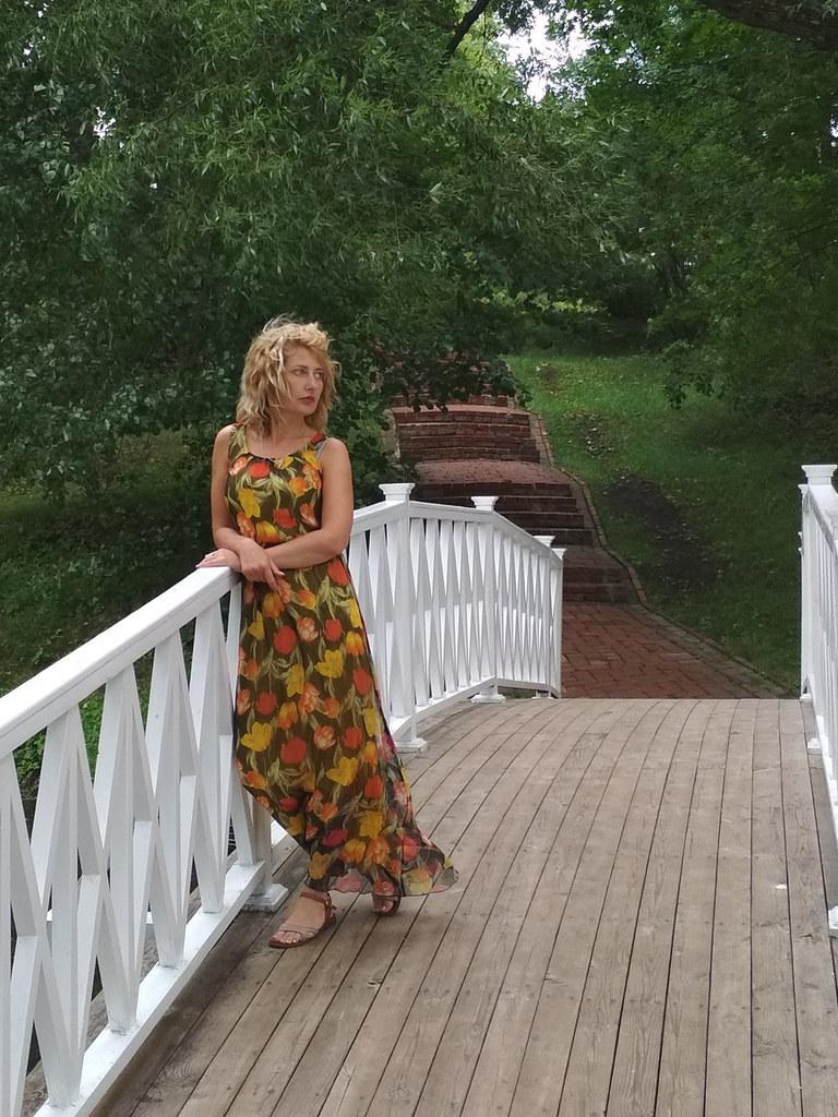 Алиса Александрова: Усадьба Тарханы место сколь вдохновенно красивое, столь же аутентичное, наполненное сильной энергетикой...