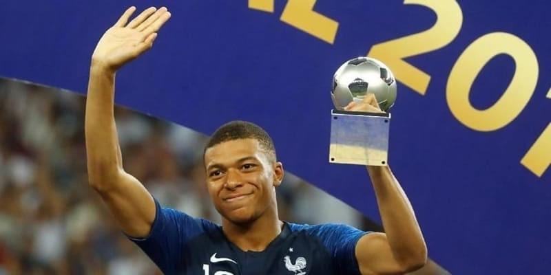 Mbappe Bisa Jadi Bintang Sepakbola Dengan Syarat Harus Begini