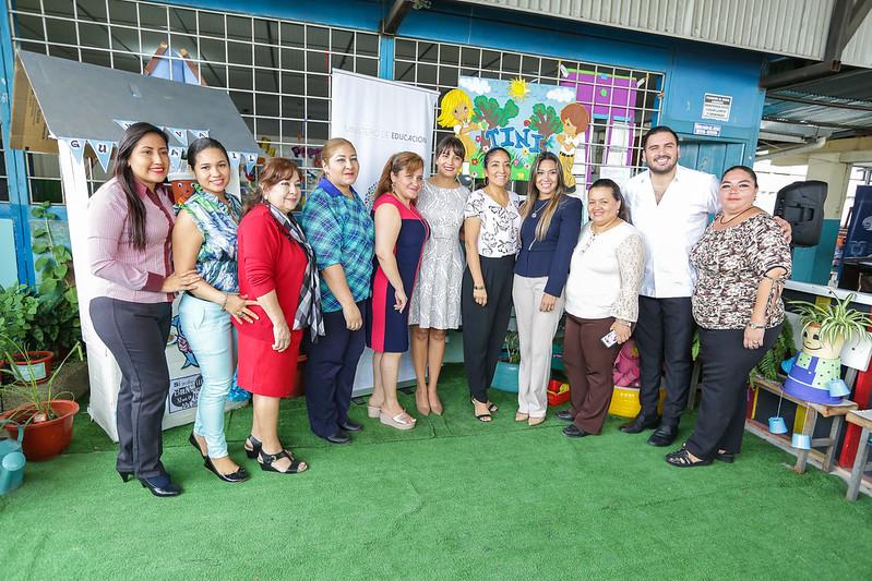 TINI en Unidad Educativa Pedro Carbo - Guayaquil