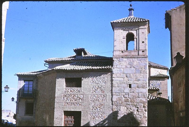 Iglesia del Salvador en Toledo en abril de 1963. Película Kodachrome. Donación de la familia Burgos.