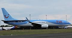G-TAWI TUI BOEING 737 NEWCASTLE