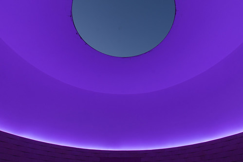thewayofcolor jamesturrell skyspace light color lavender sky dusk crystalbridges art bentonville ar