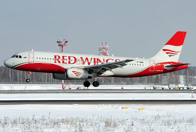 VP-BWW  Red Wings Airbus A320-232