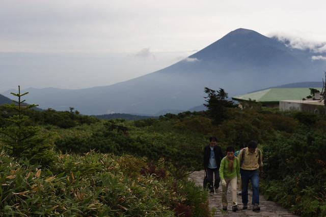 Photo:岩手山を後ろに By:y_katsuuu
