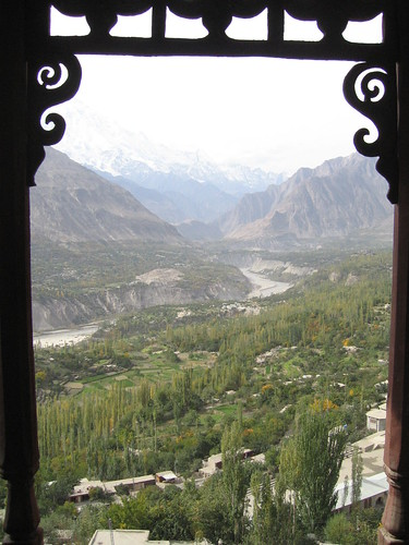 View out over the Hunza Valley, Baltit Fort, Karimabad (1)
